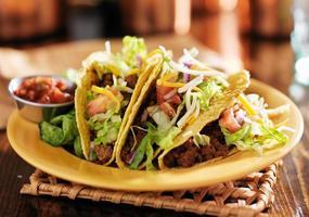 välsmakande tacos foto