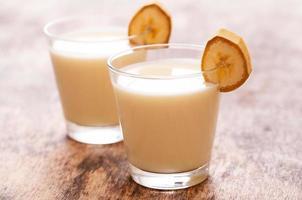 utsökt bananmilkshake foto