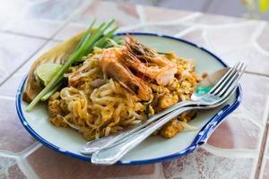 thai stekt nudel eller pad thai foto