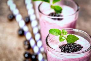 frukt smoothie på nära håll foto