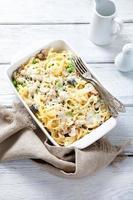 läcker pasta med mozzarellaost foto