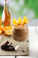 espressokocktail serveras på bordet