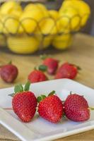 spett jordgubbar foto