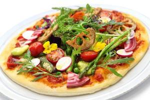 hälsosam grönsaker pizza foto