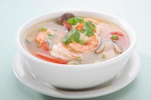 tom yum kroong soppa foto