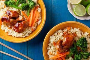kyckling och grönsaker foto