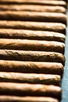 kubanska cigarrer bakgrund foto