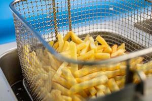 matlagning pommes frites
