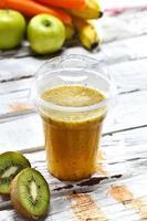 kiwi juice foto
