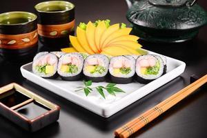 frutomaki sushi foto