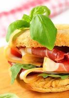 prosciutto smörgås foto