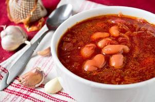 traditionella ukrainska rödbetor soppa borsch foto