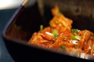 närbild kimchi foto