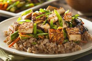 hemmagjord tofuuppståndelse foto