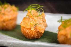 skaldjur aptitretare i japansk stil foto