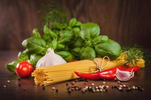 produkter på spaghetti bolognese foto