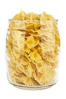 pasta i en transparent burk foto