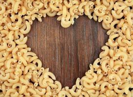 rå chifferi pasta bakgrund