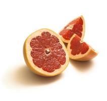 skivor av grapefrukt foto