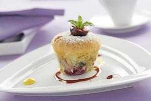 körsbär muffin foto
