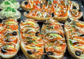 smörgås med grönsaker foto