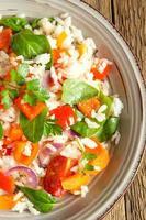 ris och grönsaker foto