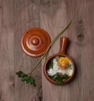 bakat ägg med tomat foto