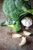 broccoli och vitlök foto