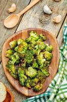 rostad broccoli med vitlök foto