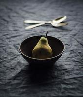 päron på bordet