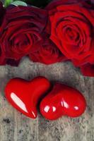 hjärtan och rosor foto