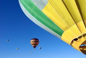 färgglada ballonger foto