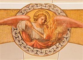 vienna - fresco av ängel med elden foto