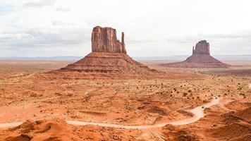 öst- och västkattvattensbytes, monumentdal - Arizona foto