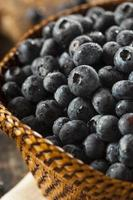 färska organiska råa blåbär foto