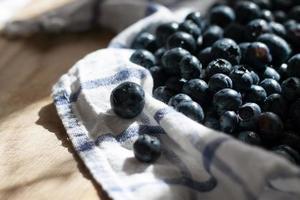 läckra saftiga färska blåbär foto