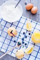 blåbär muffins foto