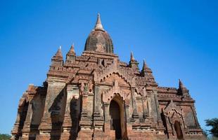 gamla stupa på myanmar foto