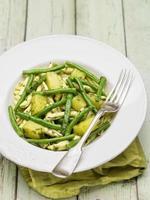 rustik italiensk pasta genovese foto