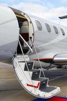 stege i en privat jet