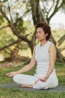 yoga med maditation foto