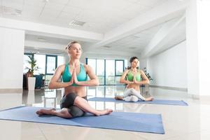 yoga asana träning foto