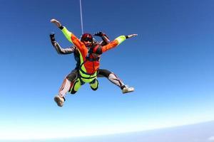 fallskärmshoppning foto. tandem. foto