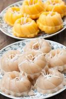 streamed palmkaka, banan, thai traditionell efterrätt, Thailand foto