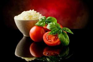 ris och tomater foto