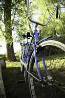 blå tandem cykel foto