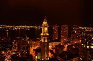 natt utsikt över Boston foto