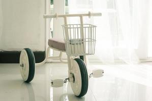 närbild av trehjuling foto