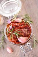 torkad tomat foto