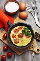 äggröra med tomater foto